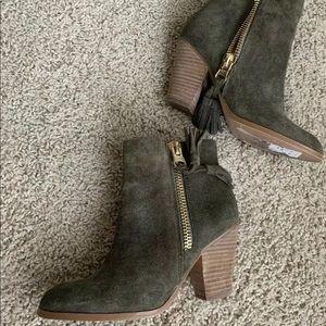 Aldo Military Green Booties Gold Zippers 6.5